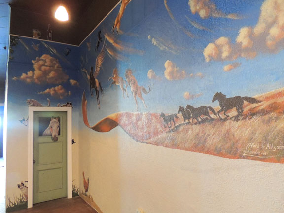 Mural for Horse Heaven Saloon in Prosser, WA